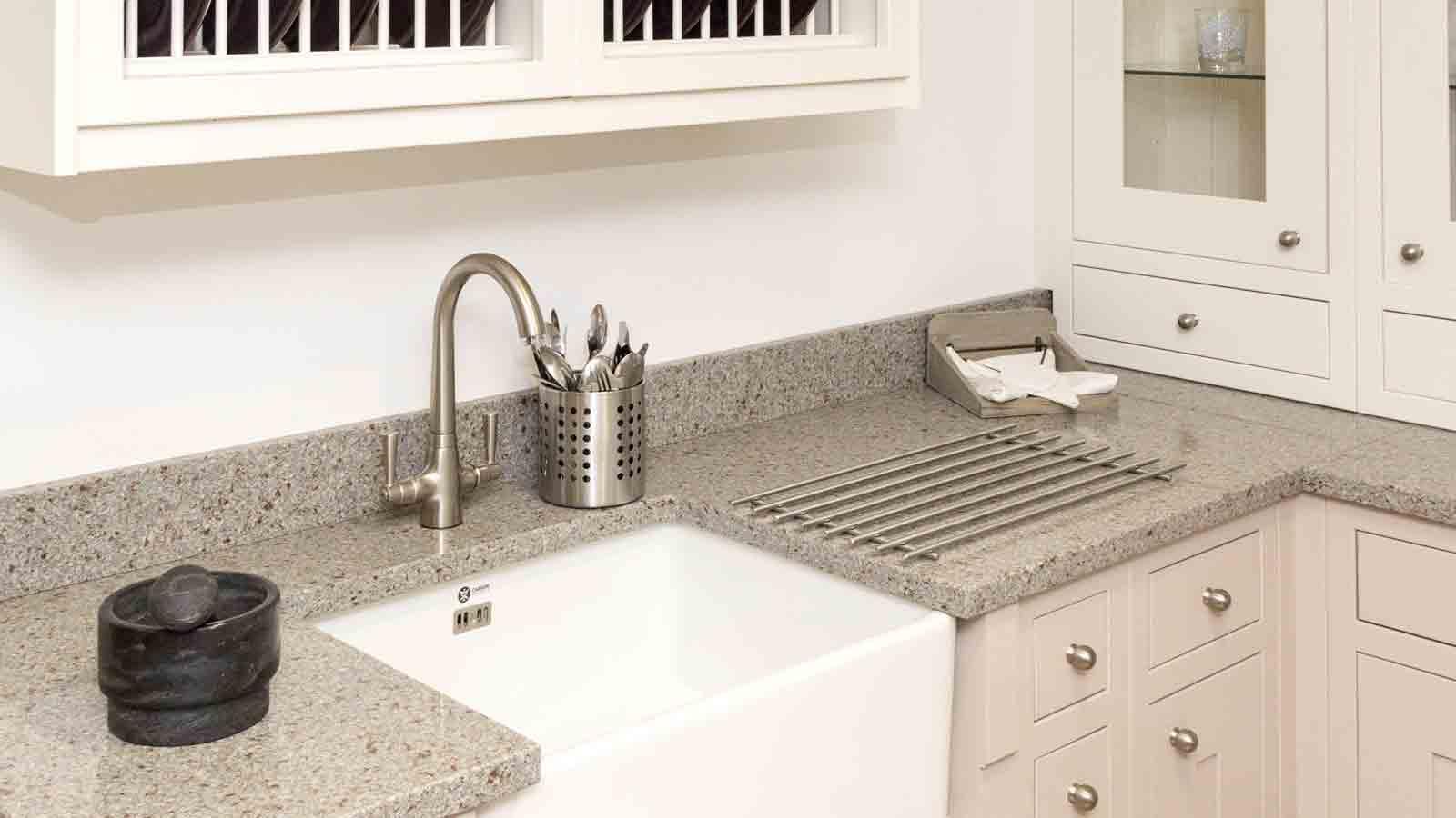 Kitchen worktops stirlingshire optima kitchens for Silestone kitchen sinks